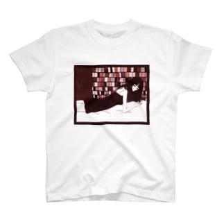 惑わし T-shirts