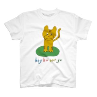 たたずむチャトラキャット T-shirts