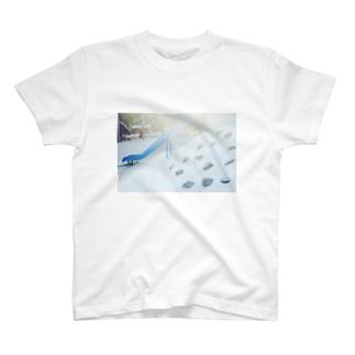 日曜日のすべり台 T-shirts