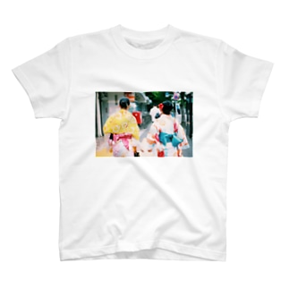 思い出鮮やか浴衣 T-shirts