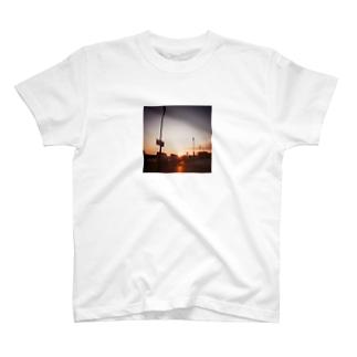 ゆみ△▼のいつかの夕焼け T-shirts