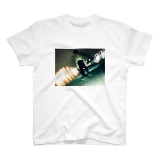 屋上 T-shirts
