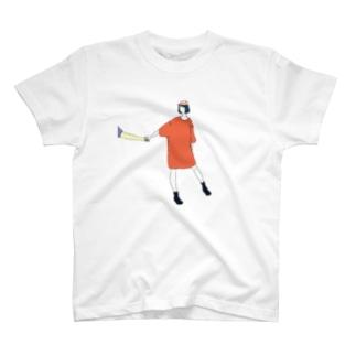 手をひくTシャツワンピ T-shirts