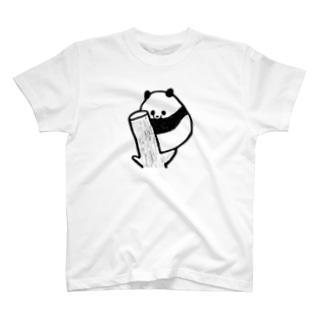 木登りねむねむパンダ T-shirts