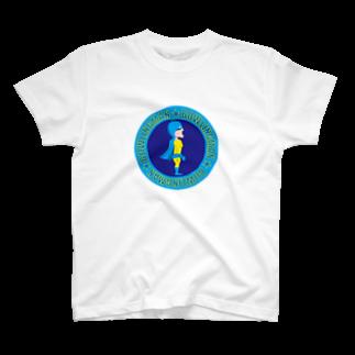 relax_timeのボーリングマン かわいい エンブレム ブルーバック T-shirts