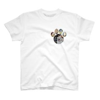 白柴シロだらけ肉球ティーシャツ T-shirts