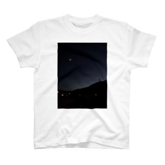 つきmoon🌝 T-shirts