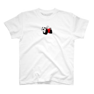 パンダの乗り物にのるぷりぷりうちゅうじん T-shirts