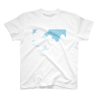 積乱雲 T-shirts