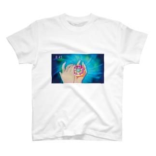 変身 T-shirts