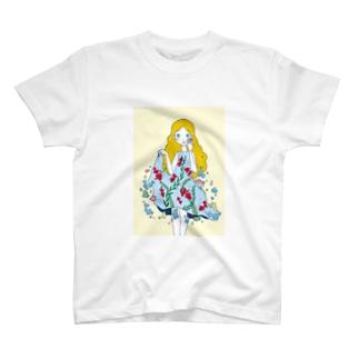 金魚のワンピース Tシャツ