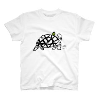 本好きカメ T-shirts
