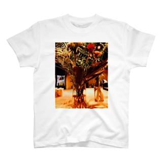 詰め込みすぎたお花 T-shirts