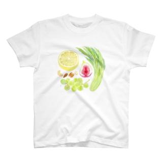 フルーツサラダ T-shirts
