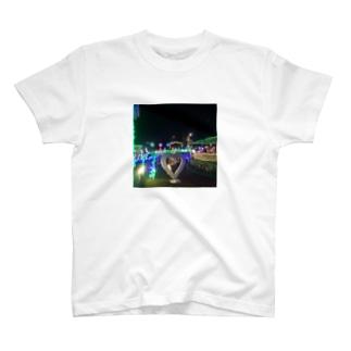 ラッキーピエロの総本店イルミネーション(^^) T-shirts