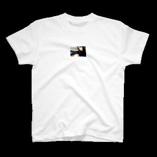 高橋涼介の清純派女優 T-shirts
