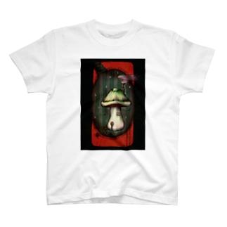 雨降るキノコの家 T-shirts
