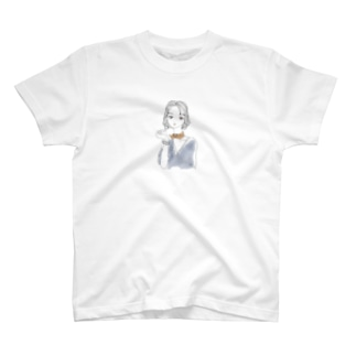 不機嫌な眼差しgirl T-shirts