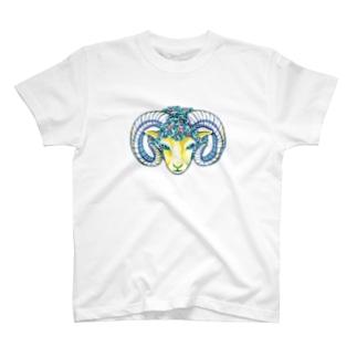 すまし顔のヒツジ-カラフル T-shirts