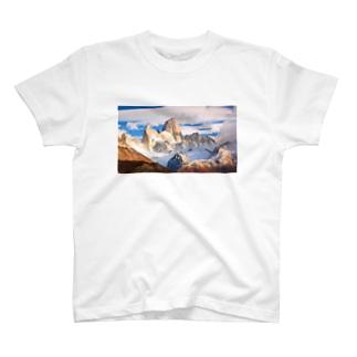 霊峰 T-shirts