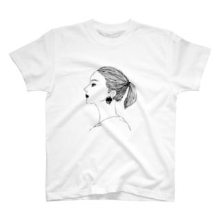 まなざし(モノクロ) T-shirts