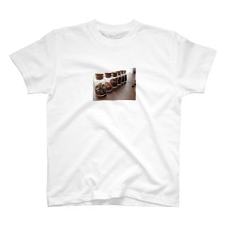 コーヒーの小瓶詰め。 Tシャツ