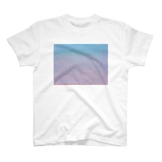 水の色 T-shirts