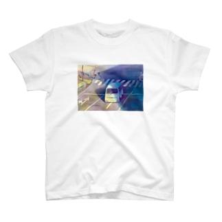 意味のないものに意味をもとめる T-shirts