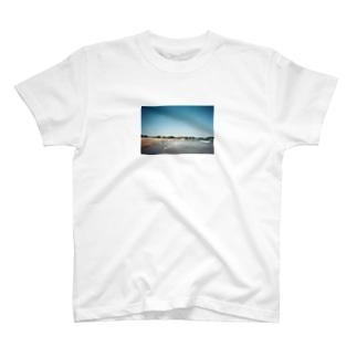 夏の海 T-shirts