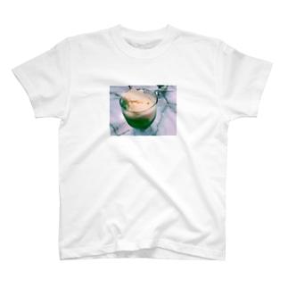 メロンクリームソーダは正義 T-shirts