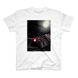 漆黒の紅 T-shirts