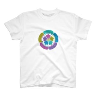 001[カラフル家紋]織田木瓜 T-shirts