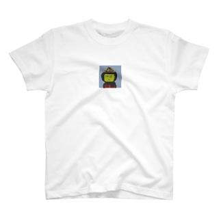 前田前田 T-shirts