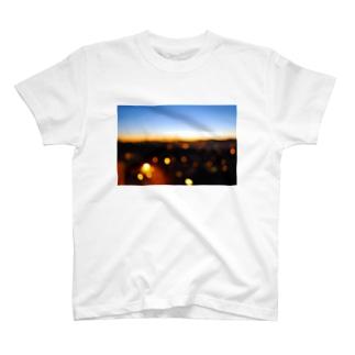 マジック・アワー2 T-shirts