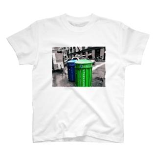 ゴミ箱 T-shirts