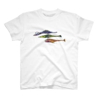 魚、細長い三匹 T-shirts