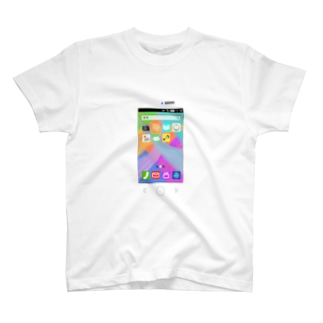 どこにでもスマホ T-shirts