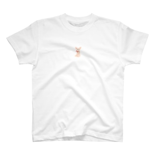 リボンを巻いたチワワ T-shirts