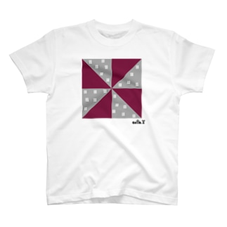 ゴータ・ワイのジオメトリックⅳ T-shirts