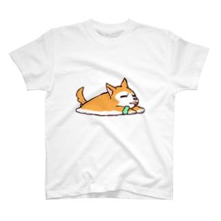 ちるふ(寝そべり狼) T-shirts