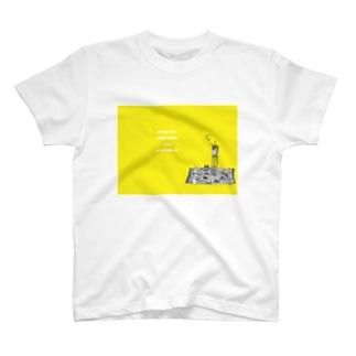 王国 T-shirts