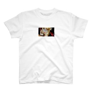 オムライスの美味しいお店のマスター T-shirts