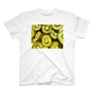 キウイ T-shirts