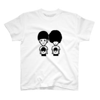 マッシュとアフロ T-shirts
