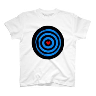 ハート撃ち抜き T-shirts