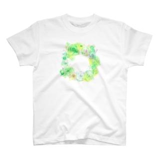 葉車-ラナンキュラスのリース- T-shirts