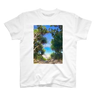 🏝Beach🏝 T-shirts