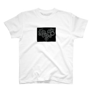 gear-heart-black T-shirts