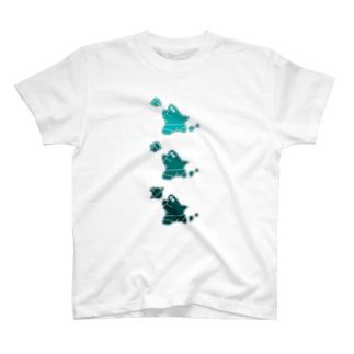 フカヒレくん T-shirts