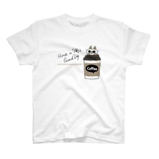 いい日になるコーヒー T-shirts